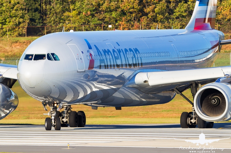 american-airlines-a330-200_as5j2072